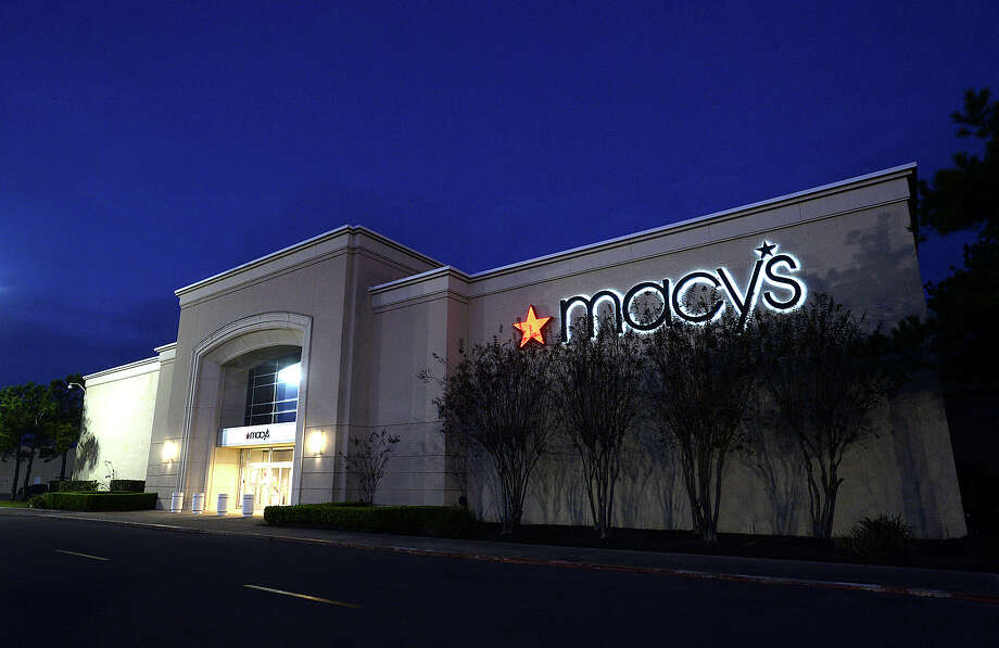 Macy's announced Wednesday that its Parkdale Mall location in Beaumont will be closing. Photo taken Wednesday, January 4, 2017 Kim Brent/The Enterprise Photo: Kim Brent / Beaumont Enterprise