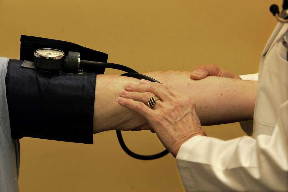 """The Stratford Wellness Fair will include free screenings of blood pressure, blood sugar, cholesterol, body mass index, and waist circumference as part of the department's """"Know Your Numbers"""" health initiative. Photo: File Photo / Los Angeles Times"""
