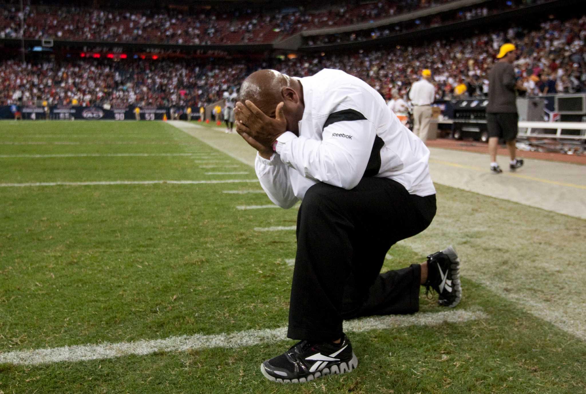 Raiders Had Emotional Win In Houston After Al Davis Death