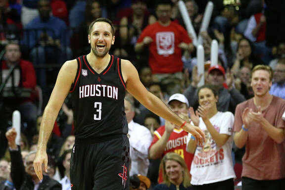 Houston Rockets forward Ryan Anderson (3) celebrates after hitting a three-point shot during the second quarter of an NBA game at the Toyota Center, Thursday, Jan. 5, 2017, in Houston. ( Jon Shapley / Houston Chronicle )