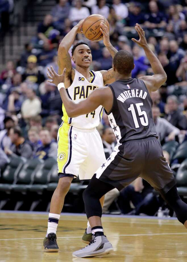 INDIANAPOLIS, IN - JANUARY 05:  Jeff Teague #44 of the Indiana Pacerslooks to pass the ball during the game against the Brooklyn Nets at Bankers Life Fieldhouse on January 5, 2017 in Indianapolis, Indiana.   NOTE TO USER: User expressly acknowledges and agrees that, by downloading and or using this photograph, User is consenting to the terms and conditions of the Getty Images License Agreement  (Photo by Andy Lyons/Getty Images) ORG XMIT: 662354435 Photo: Andy Lyons / 2017 Getty Images