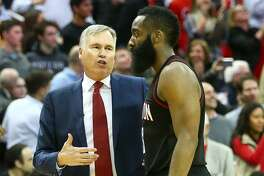 Houston Rockets head coach Mike D'Antoni talks with Houston Rockets guard James Harden (13) during the final time-out of the fourth quarter of an NBA game at the Toyota Center, Thursday, Jan. 5, 2017, in Houston. ( Jon Shapley / Houston Chronicle )