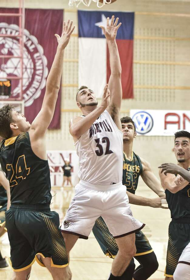 Jordan VanDeKop had a team-best 19 points and six rebounds but the Dustdevils lost 76-61 at Dallas Baptist in a battle for sole possession of first place in the Heartland Conference. TAMIU falls into a tie for fifth after the loss. Photo: Danny Zaragoza /Laredo Morning Times File / LAREDO MORNING TIMES