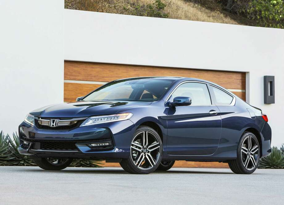 Honda's 3.5-liter V6 is a spirited motor, churning out 278 horsepower and plenty of grunt (252 lb.-ft.) that never made us miss a V8 or turbocharging, even if the Accord coupe Touring tips the scales at 3,554 pounds. / © 2016 American Honda Motor Co., Inc.