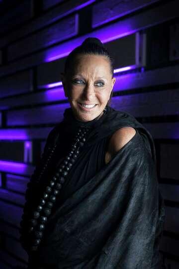 Donna Karan Is In Zen Mode Houstonchronicle Com