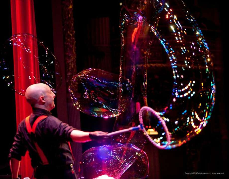 """Casey Carle's """"BubbleMania"""" comes to the Stamford Palace Theatre on Sunday afternoon, Jan. 15. Photo: Scott Barrows / Contributed Photo / Connecticut Post Contributed"""