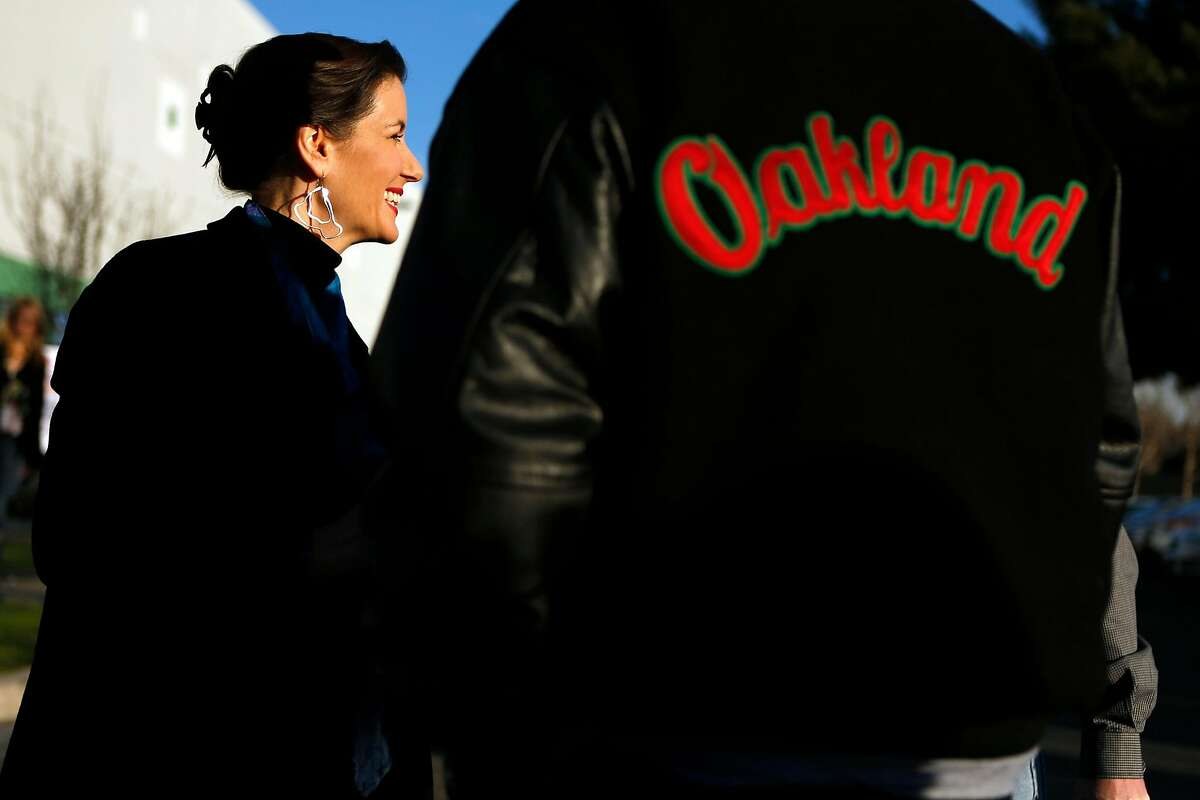 Oakland Mayor Libby Schaaf visits Pet Food Express corporate headquarters in Oakland, Calif. on Wednesday, January 7, 2015.