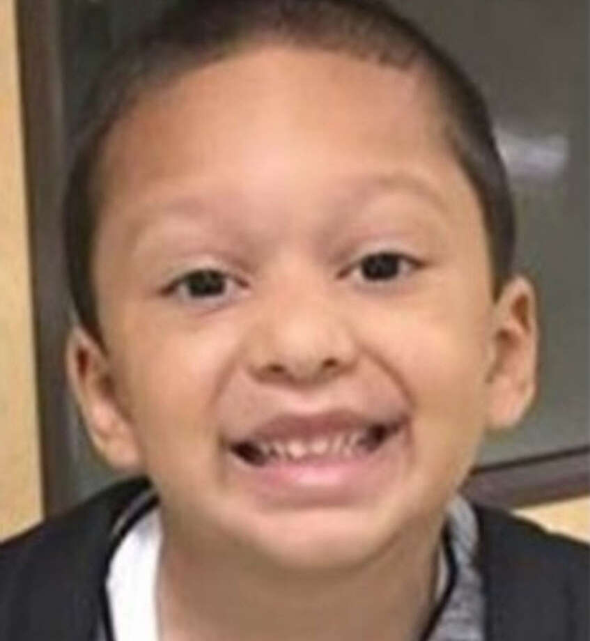 A Central Texas boy vanished in September. Now police want to arrest his mother.Police in Central Texas are looking for 5-year-old Alan Rodriguez, who was last seen Sept. 2, in Cedar Park with his mother, Anais Lechuga. Authorities have a custodial interference warrant out for the mom. Photo: Center For Missing And Exploited Children