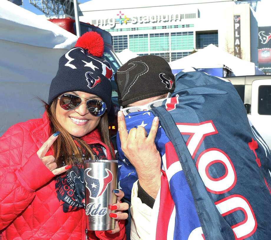 People pose for a photo before an AFC Wild Card Playoff game at NRG Stadium Saturday, Jan. 7, 2017, in Houston. Photo: Jon Shapley, Houston Chronicle / © 2015  Houston Chronicle