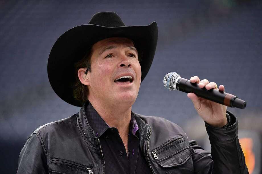 Country artist Clay Walker rehearses prior to an AFC Wild Card NFL football game between the Houston Texans and the Oakland Raiders, Saturday, Jan. 7, 2017, in Houston. (AP Photo/Eric Christian Smith) Photo: Eric Christian Smith, Associated Press / FR171023 AP
