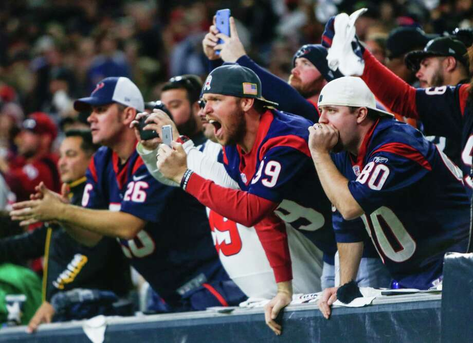 You never know where celebrities might pop up at a Super Bowl game.Click though the gallery to see which super-star fans can be expected to attend Super Bowl LI in Houston on Feb. 5, 2017: Photo: Brett Coomer, Houston Chronicle / © 2017 Houston Chronicle