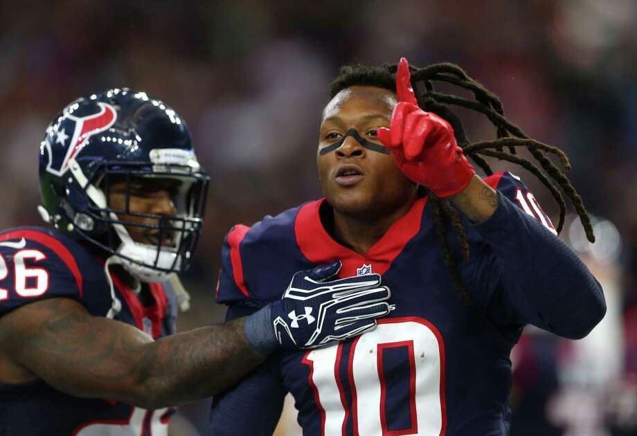 With his second-quarter touchdown catch Saturday, receiver DeAndre Hopkins knows the Texans are No. 1 at NRG Stadium. Photo: Jon Shapley, Staff / © 2015  Houston Chronicle