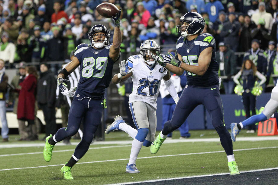 Seahawks wide receiver Doug Baldwin grabs a reception for a touchdown during the second half of a wild card playoff game against the Detroit Lions at CenturyLink Field on Saturday, Jan. 7, 2017. Photo: GRANT HINDSLEY, SEATTLEPI.COM / SEATTLEPI.COM