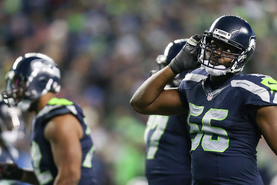Seahawks defensive lineman Cliff Avril underwent offseason surgery on Tuesday, according to his social media posts. Photo: GRANT HINDSLEY, SEATTLEPI.COM / SEATTLEPI.COM