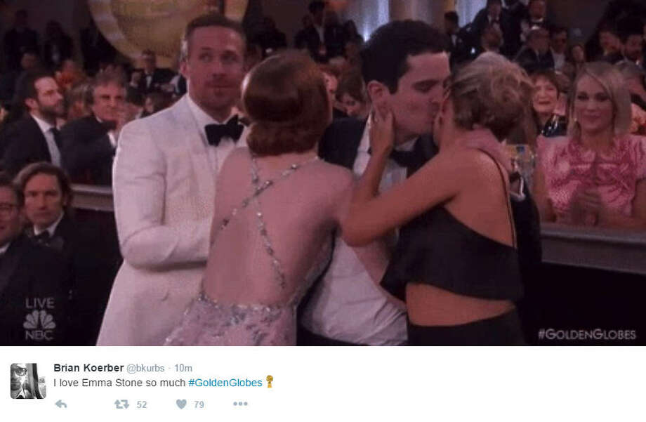 Emma Stone perfectly laughs off an awkward encounter she had with a co-star as he was walking up to the stage to accept his Golden Globe. Source: Twitter Photo: Twitter
