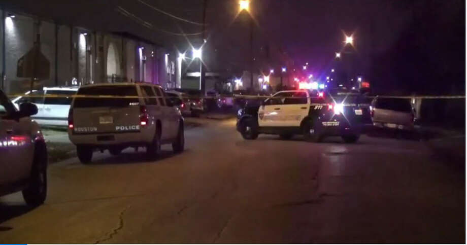 A father was shot to death about 8:30 p.m. Sunday, Jan. 8, 2017, in the 7000 block of Ashcroft in front of his wife and children during a gun battle with a would-be robber as the family returned home from a grocery store in southwest Houston. (Metro Video)