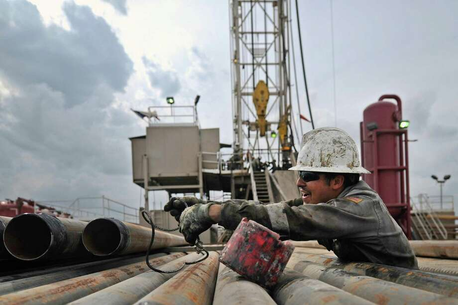 The Permian recorded 342 rigs, with Reeves County in the Delaware subbasin tallying 49 rigs and Midland County in the Midland subbasin totaling 40, up two. Photo: James Durbin /Midland Reporter-Telegram / © 2016 Midland Reporter Telegram. All Rights Reserved.