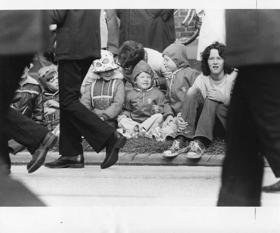 Children line the curbs to catch a glimpse of what Holiday '75 officials billed as the biggest and best parade. June 1975 Photo: Daily News File Photo