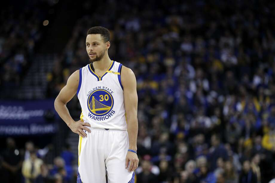 Golden State Warriors' Stephen Curry (30) during the second half of an NBA basketball game against the Memphis Grizzlies Friday, Jan. 6, 2017, in Oakland, Calif. Memphis won 128-119. (AP Photo/Marcio Jose Sanchez) Photo: Marcio Jose Sanchez, Associated Press