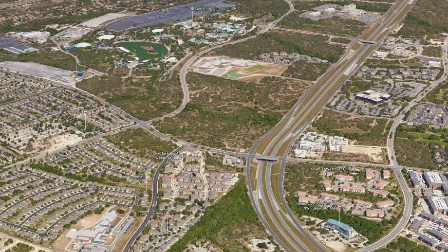 An entity linked to luxury apartment developer Waypoint Residential has snatched up 17 acres of vacant land across the street from SeaWorld San Antonio. Photo: Google Maps