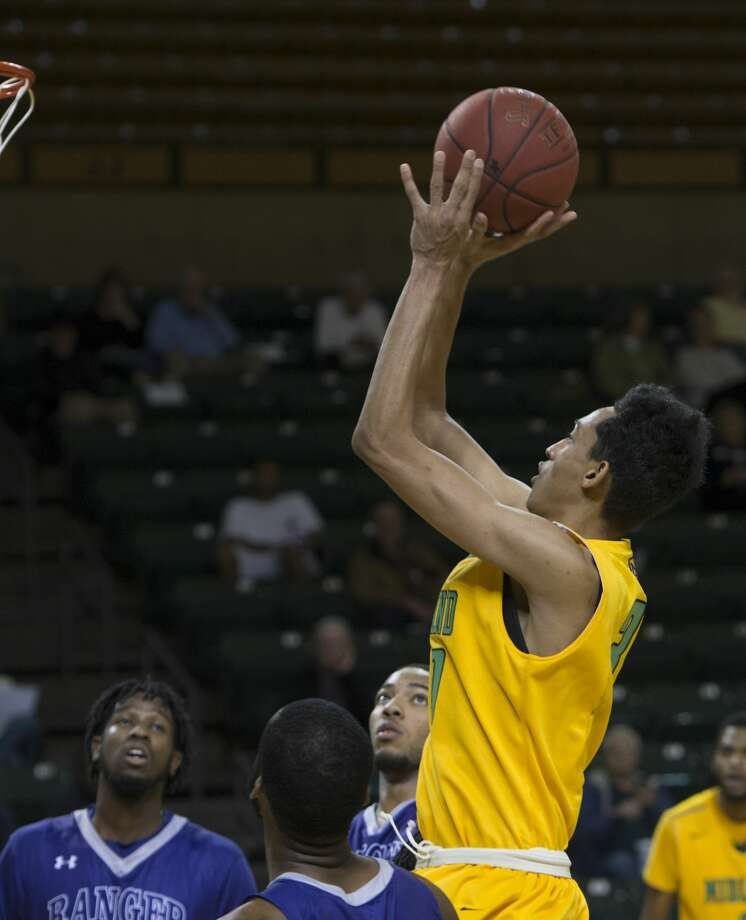 JC MEN'S BASKETBALL: Gracious Cardenas looks to step up ...