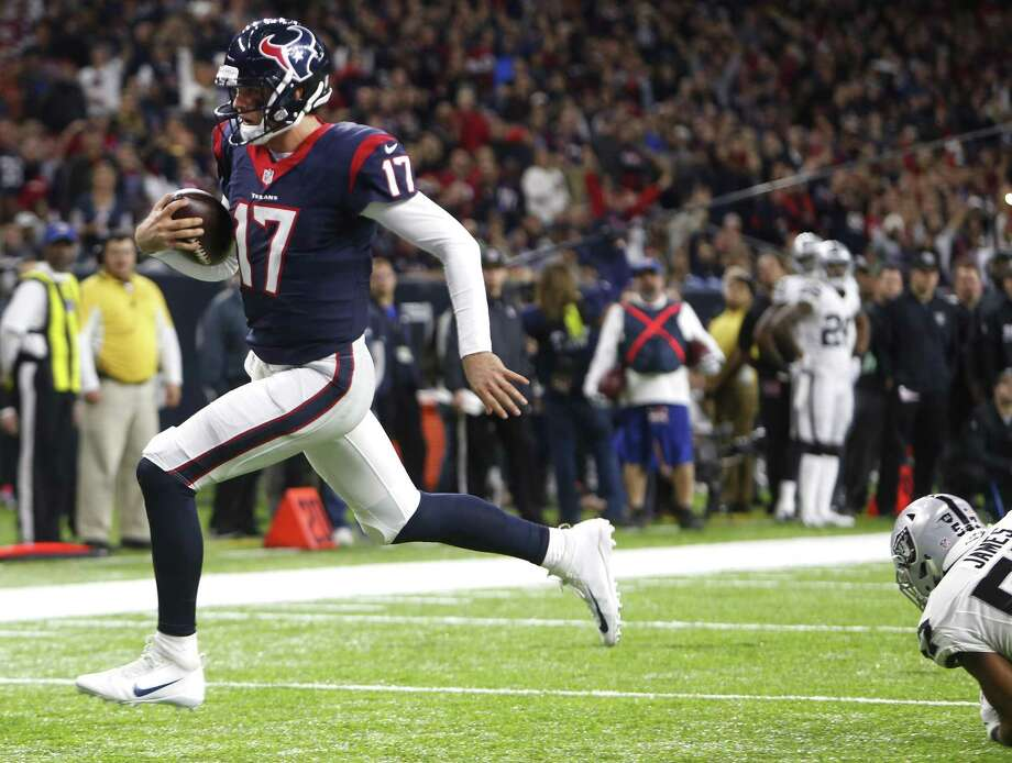 Brock Osweiler did enough to guide the Texans to victory Saturday against the Raiders, but he will need to play better if Houston is to upset top-seeded New England this weekend. Photo: Brett Coomer / Houston Chronicle / © 2017 Houston Chronicle