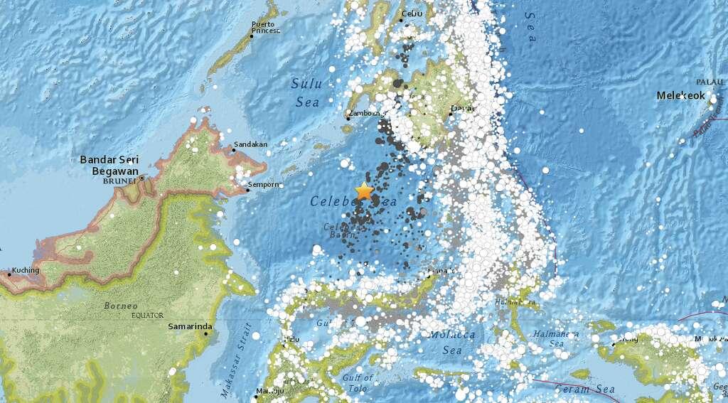 magnitude 7 3 earthquake strikes near tabiauan philippines sfgate