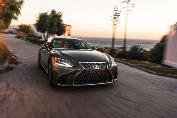 Lexus' LS flagship sedan for 2018 has been unveiled.