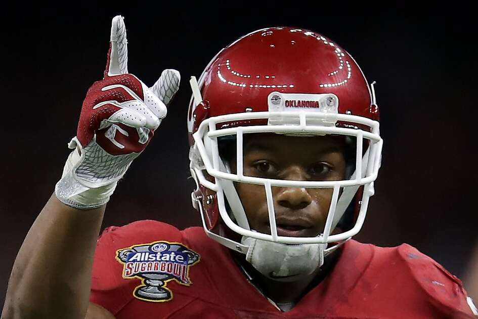 NEW ORLEANS, LA - JANUARY 02:  Joe Mixon #25 of the Oklahoma Sooners reacts after a touchdown against the Auburn Tigers during the Allstate Sugar Bowl at the Mercedes-Benz Superdome on January 2, 2017 in New Orleans, Louisiana.  (Photo by Sean Gardner/Getty Images)