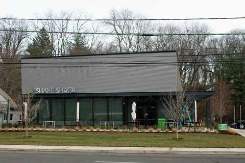 Darien Shake Shack open for business - Connecticut Post