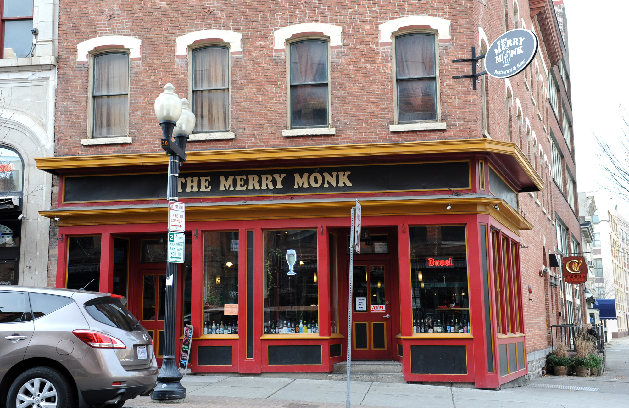 merry monk in albany is closed