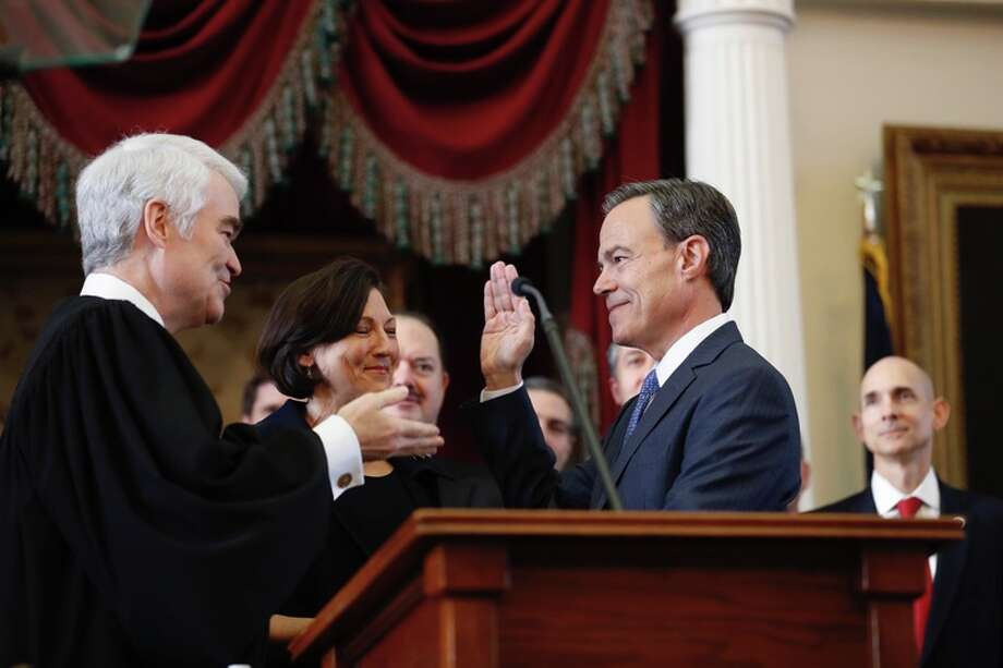 Texas House Speaker Joe Straus sworn in to fifth term.