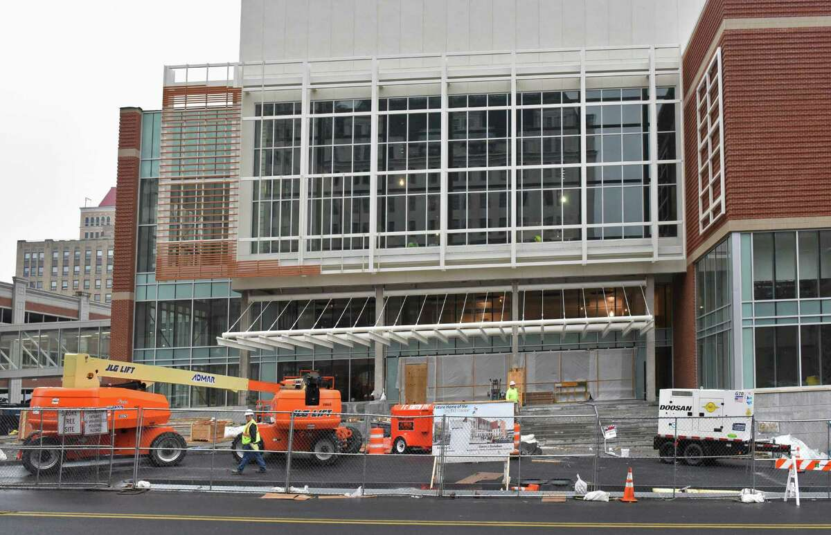 Work continues on the new convention center Tuesday Jan. 3, 2017 in Albany, NY. (John Carl D'Annibale / Times Union)