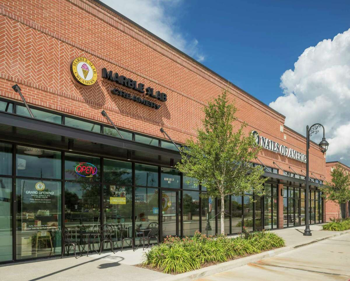 Lakeland Village Center, the first of several planned village center retail/dining/medical office developments in the Bridgeland master-planned community, contains more than 84,000 square feet on two acres next to Lakeland Heights.