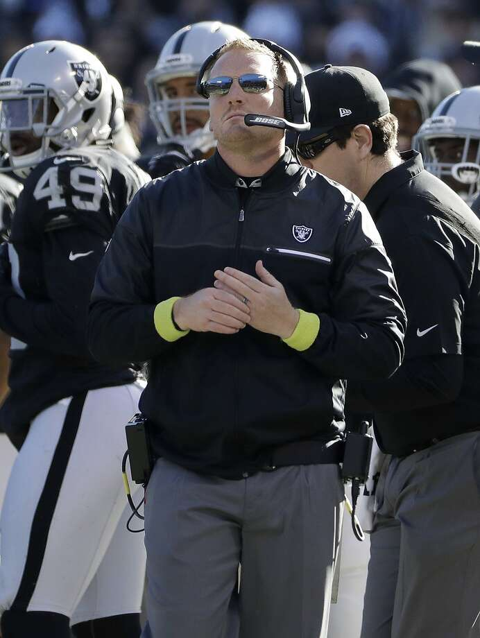 Oakland Raiders assistant coach Todd Downing during an NFL football game against the Indianapolis Colts in Oakland, Calif., Saturday, Dec. 24, 2016. (AP Photo/Marcio Jose Sanchez) Photo: Marcio Jose Sanchez, Associated Press