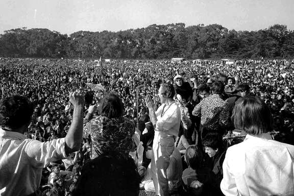 ** ADVANCE FOR USE SUNDAY, JAN 14, 2007 **FILE ** Timothy Leary, center, is shown in this file photo leading 15,000 persons in a song Sunday, Jan. 15, 1967 in San Francisco. Leary made his first San Francisco appearance in 1967 at the Human Be-in, a counterculture event that unofficially launched San Francisco's summer of love.  In many ways, the '60s as we now know them began on Jan. 14, 1967. And while the decade may have a new meaning for a generation contemplating retirement, those who were in Golden Gate Park that day agreed that neither they nor San Francisco have been the same since. (AP Photo)