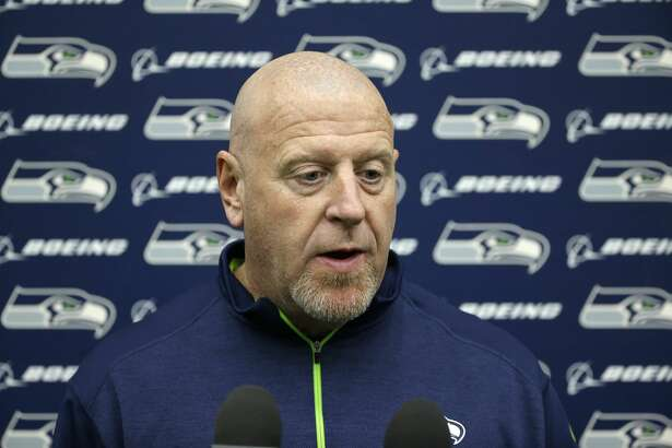 Tom Cable, Seattle Seahawks assistant head coach and offensive line coach, talks to reporters, Tuesday, Jan. 10, 2017, in Renton, Wash. The Seahawks will play the Atlanta Falcons in an NFL football NFC playoff game, Saturday, Jan. 14, 2017 in Atlanta (AP Photo/Ted S. Warren)