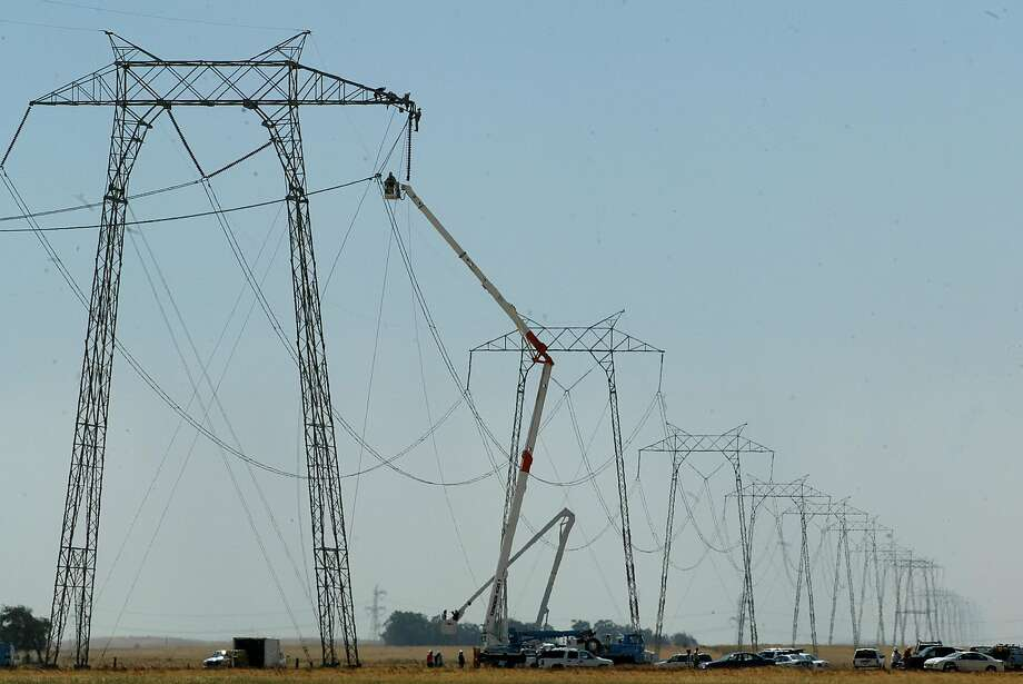 The California Public Utilities Commission, which oversees most  aspects of PG&E's operations, has no jurisdiction over the utility's  repairs and system upgrades. Photo: MICHAEL MACOR, SFC