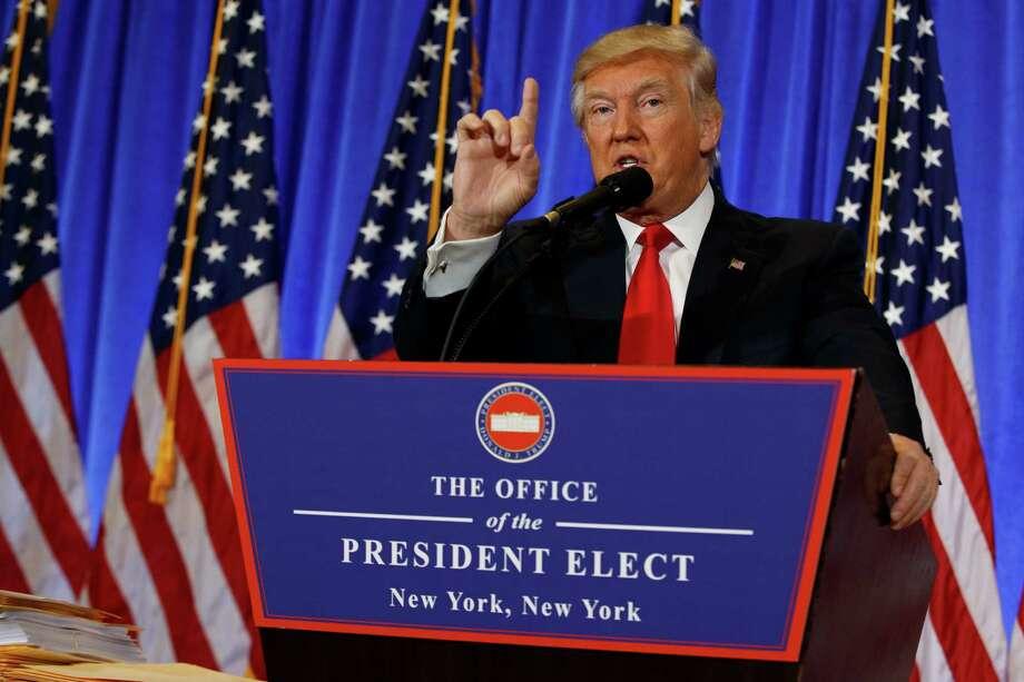 Presidentee electo Donald Trump habla en conferencia de prensa en la Torre Trump, Nueva Yorkm miércoles 11 de enero de 2017. (AP Foto/Evan Vucci) Photo: Evan Vucci, AP / AP
