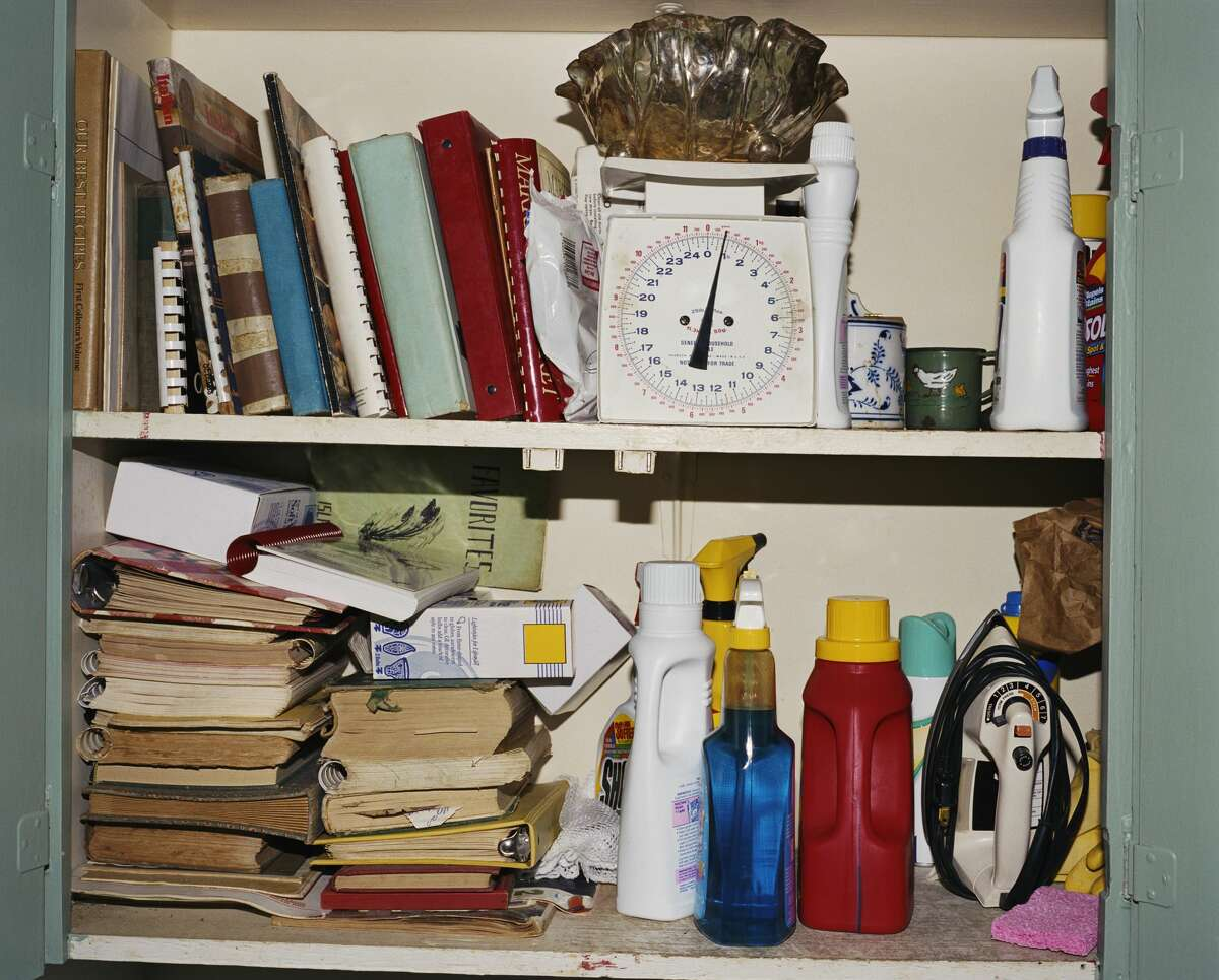 3. Try to understand why, how and when the clutter started piling up. Try to be very honest and easy on yourself. Source: DeClutter By Deirdre