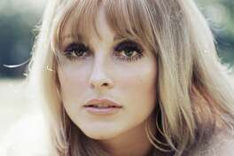Headshot of Sharon Tate (1943-1969), US actress, circa 1965. (Photo by Silver Screen Collection/Getty Images)