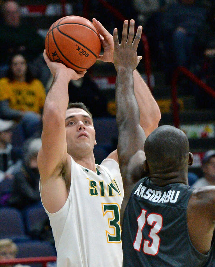 Siena's Brett Bisping is shooting 40 percent from 3-point range in limited opportunities this season. (John Carl D'Annibale/Times Union)