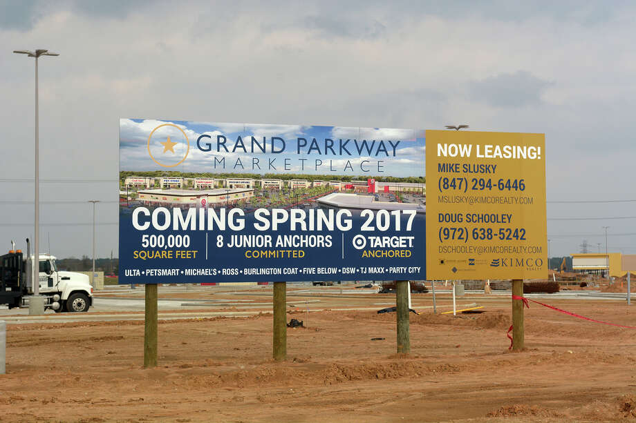 Construction has begun on the Grand Parkway Marketplace I, located at Spring Stuebner and the Grand Parkway with a target opening in spring 2017. (Photo by Jerry Baker/Freelance) Photo: Jerry Baker, Freelance / Freelance