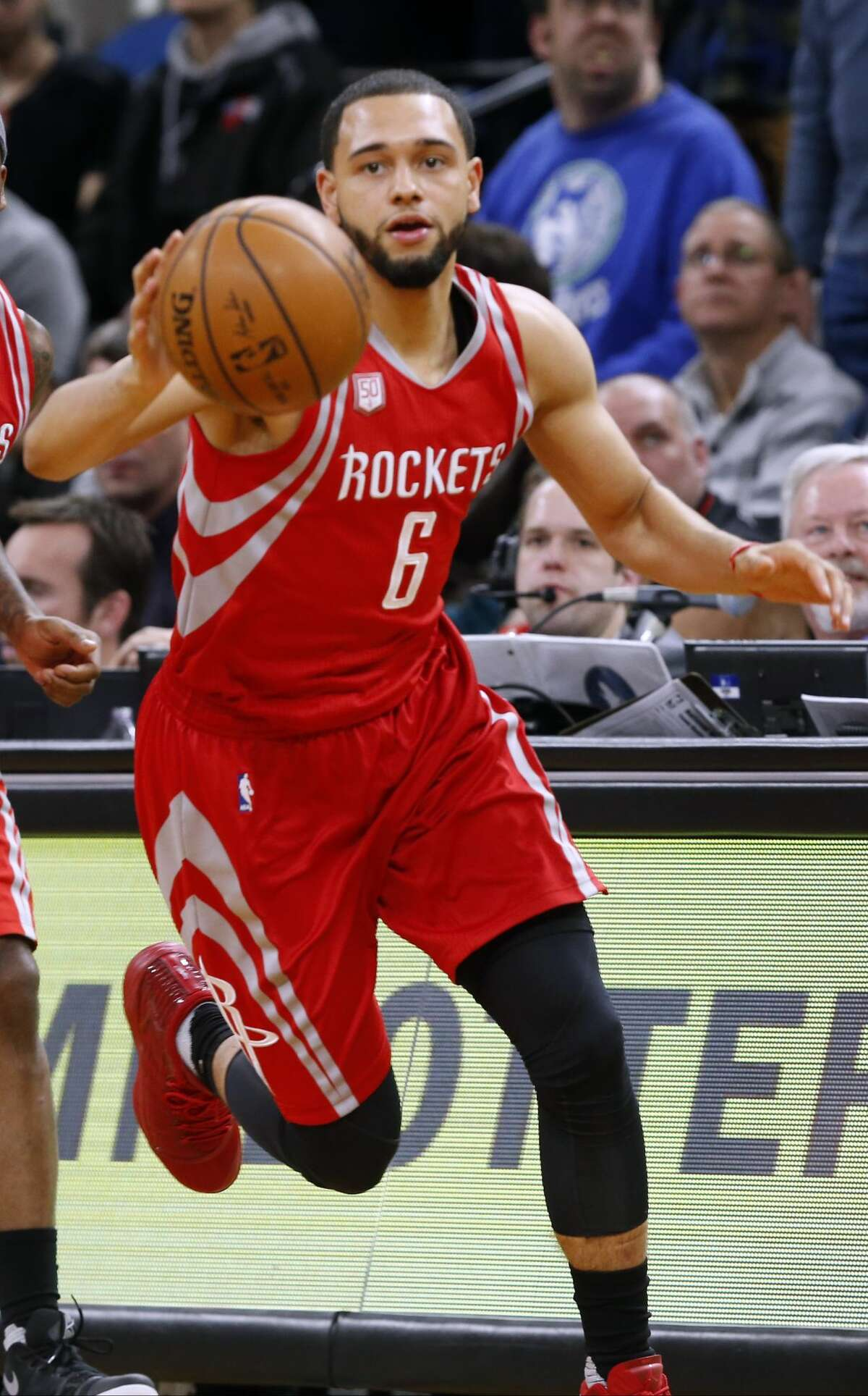 The Rockets send Tyler Ennis to the Lakers for Marcelo Huertas Rockets grade: A Same as the McDaniels trade. Ennis wasn't getting any playing time, and getting rid of him frees up cap space to go after someone who gets bought out of his contract. The Rockets plan to release Huertas. Lakers grade: B Is Ennis any better than Huertas? Maybe? Ennis is only 22, so he definitely has more upside.