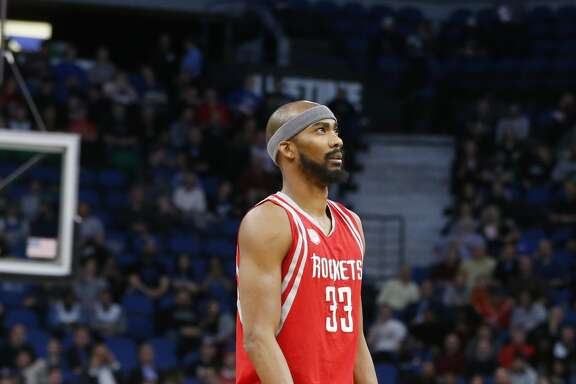 Houston Rockets' Corey Brewer plays against the Minnesota Timberwolves during the first quarter of an NBA basketball game Wednesday, Jan. 11, 2017, in Minneapolis. (AP Photo/Jim Mone)