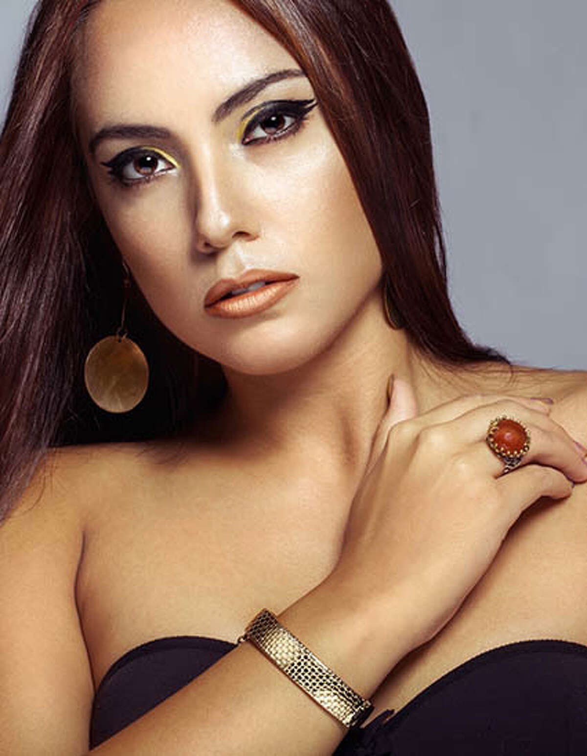 Country:Bulgaria Name:Violina Ancheva Age:21 Hobbies:Working to become the first female president of Bulgaria
