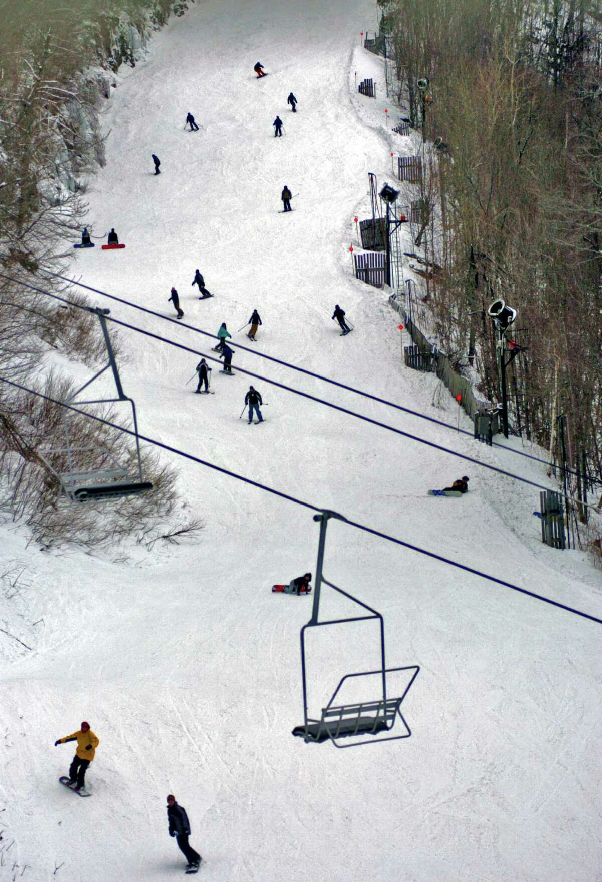 Skiers and snowboarders make their way down the Belt Parkway trail at Hunter Mountain in Hunter, NY on Monday, Jan. 2, 2006. (Philip Kamrass/Times Union Archive )