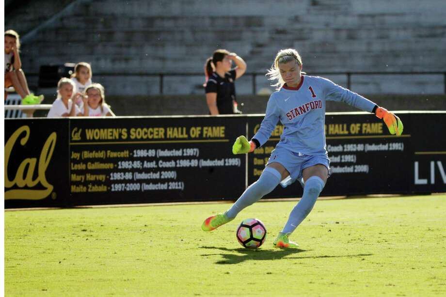 Jane Campbell, Stanford Cardinals goalkepper,  kicks the ball as the Stanford Cardinals play the California Golden Bears in November. On Thursday the Dash picked Campbell in the NWSL College Draft. Photo: Lea Suzuki, The Chronicle / ONLINE_YES
