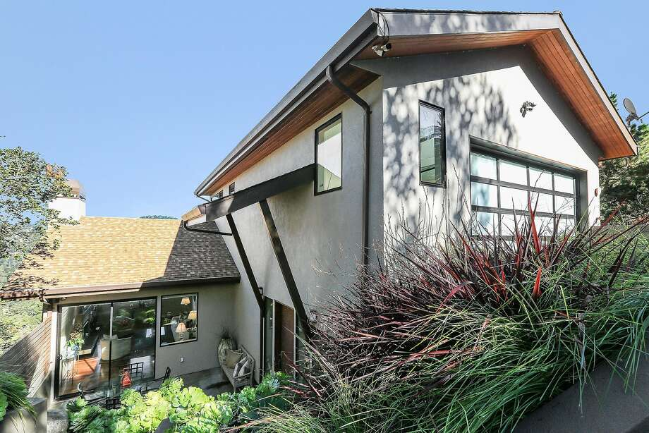 Hot Property: 'Simply perfect' contemporary awaits in Oakland's Piedmont Pines