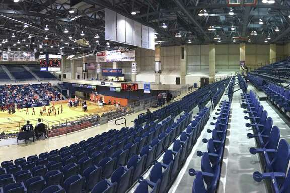 There are plenty of unoccupied seats as Florida Atlantic plays UTSA in the Convocation Center on Jan. 12, 2017.